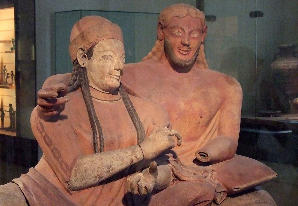 etrusques_Louvre_-_Sarcophage